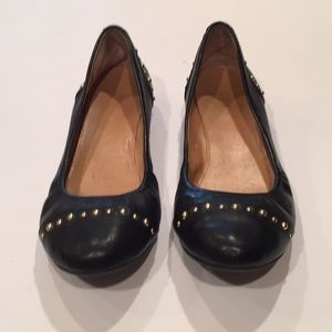 👯♀️ J. Crew ballet flats with gold studs